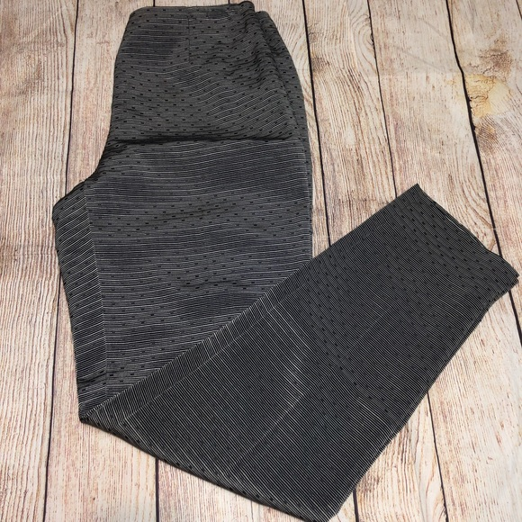 Dana Buchman Pants - Dana Buchanan Texturized Gray Pants